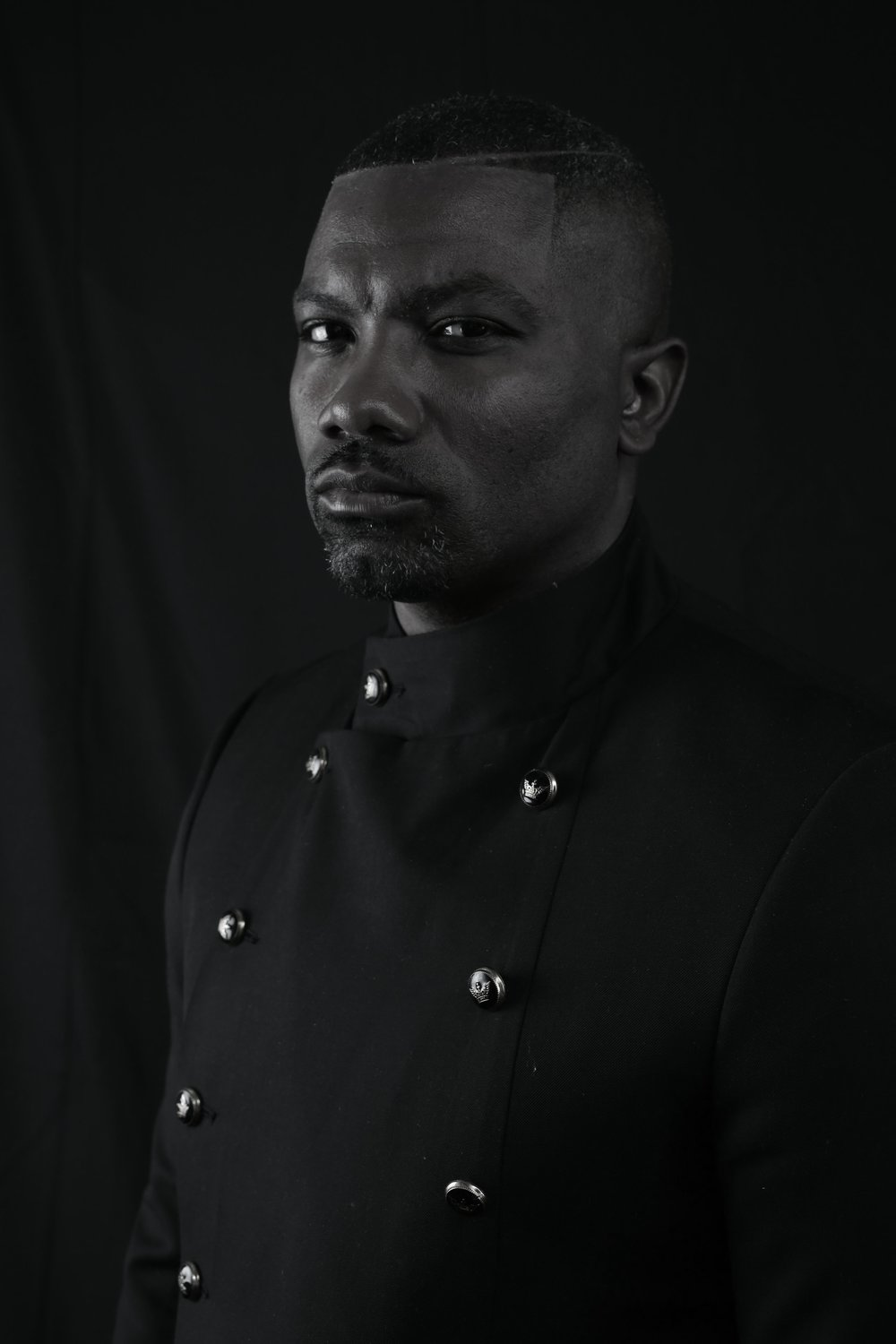 TRETRIMZ  - OWNER of TRIMZ&CO STYLING BARAARON DAVIS III KNOWN AS TRE TRIMZ IS AN EXPERIENCED AWARD WINNING Groomer.