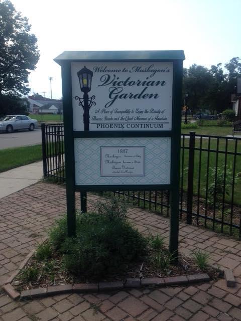 Victorian Garden sign.jpg