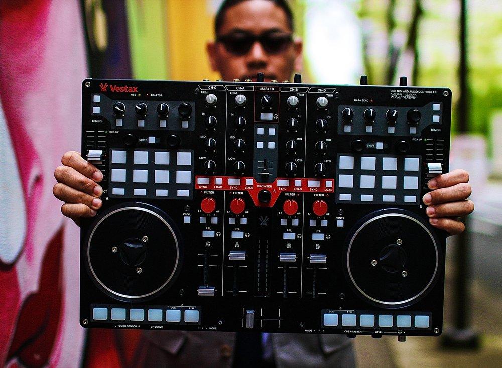DJ DITA