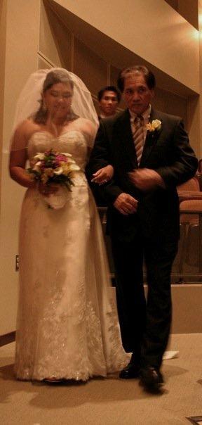 My always stylish dad Jose Baltazar Munoz and me in my beautiful wedding dress and borrowed veil (thanks Sarah Knuth!) in July 2007.