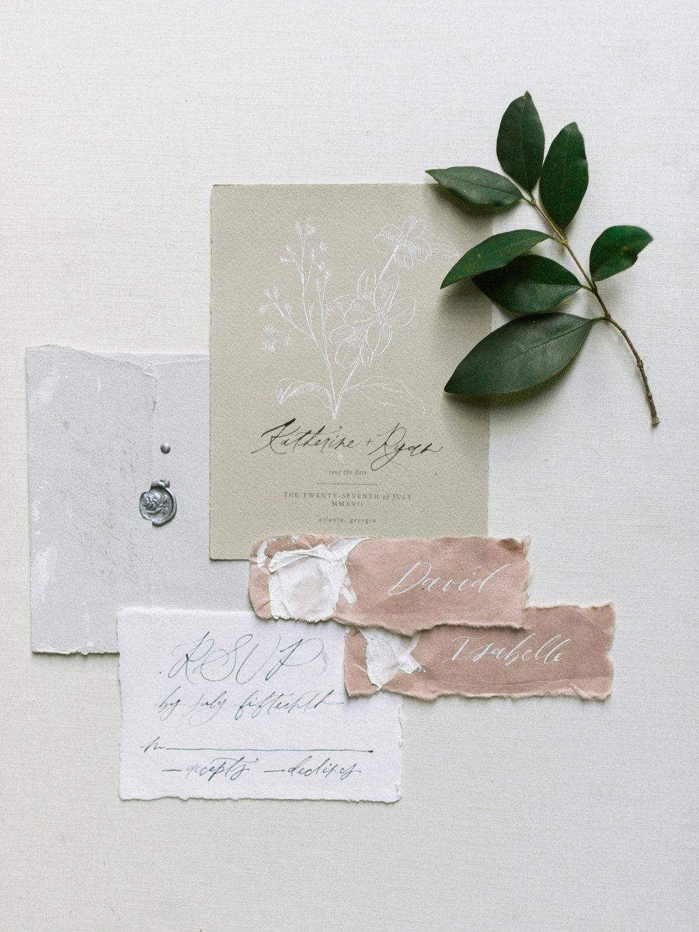 TRENDY BRIDE -