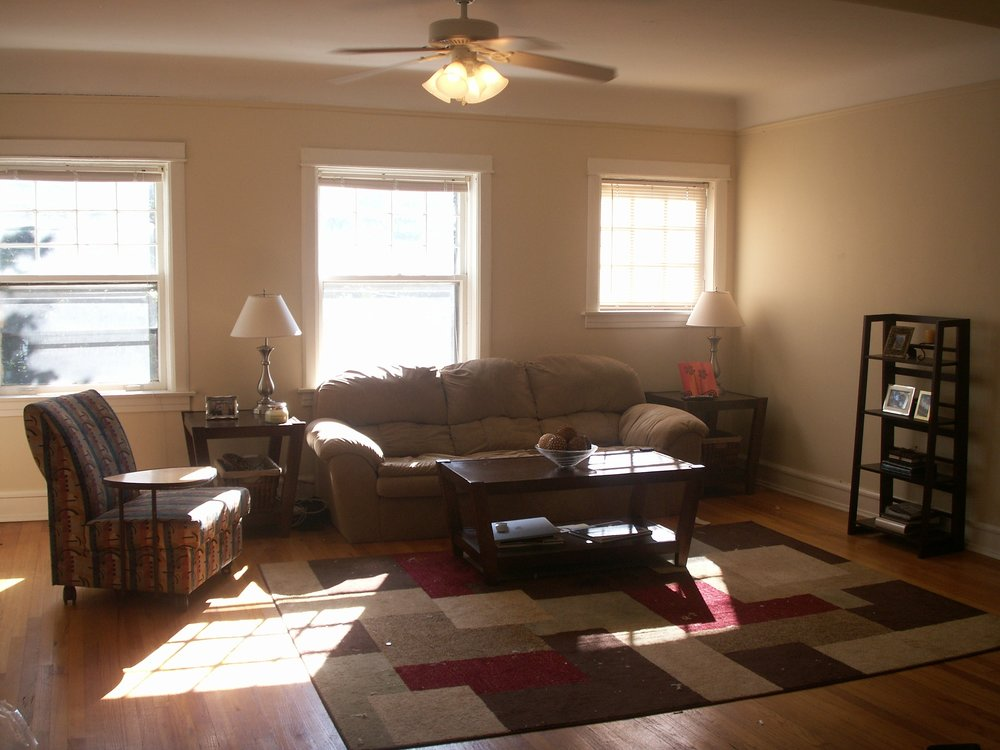 2314 #F Living Room.JPG