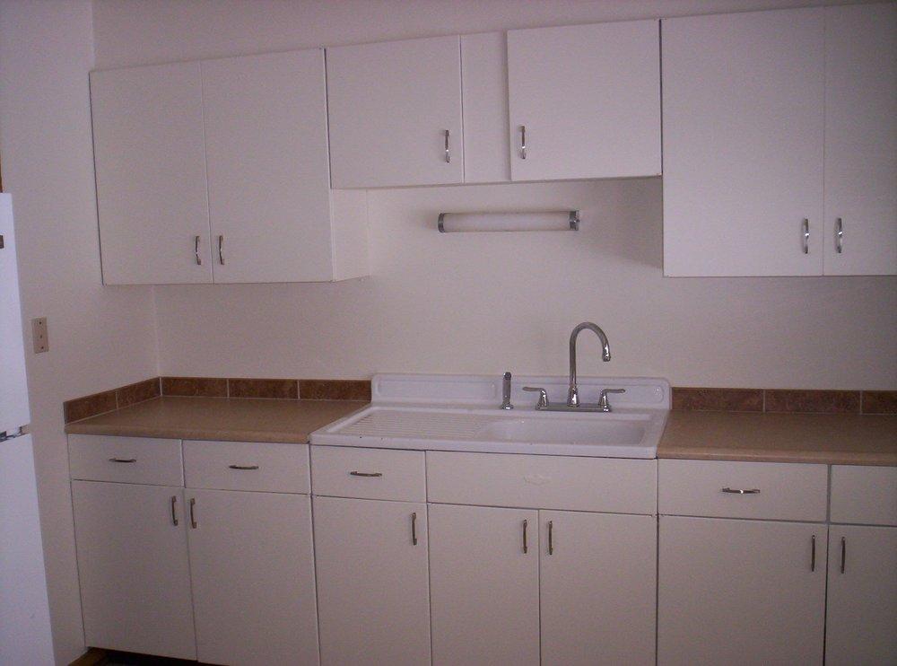 Kitchen 2 Howard.JPG