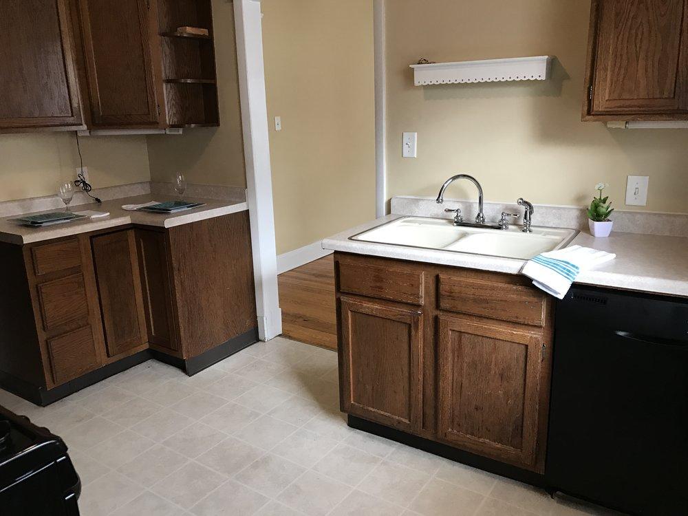 2314 c kitchen 3.jpg