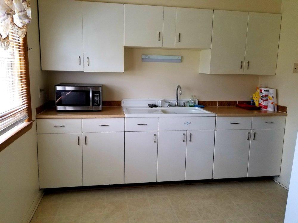 5201-2 kitchen.jpg