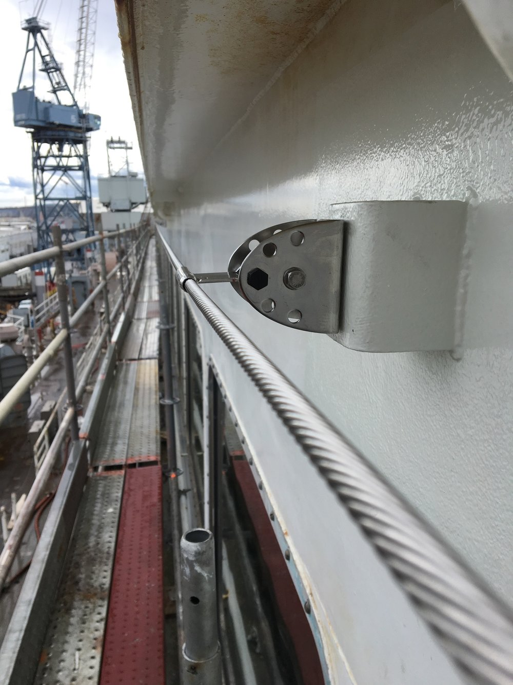 Horizontal lifeline on ferry boat for window washers