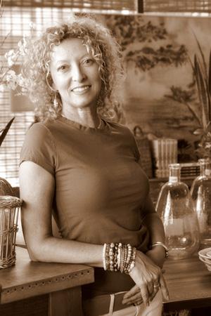 Cindy_Tadych_Eral-bungalowaz-stylist-web.jpg