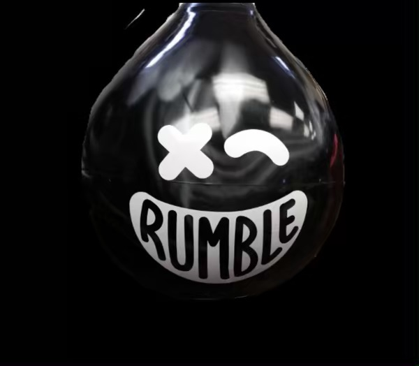 Sometimes we get a bit of FOMO when it comes to incredible businesses above Canal Street. Lucky for us, more and more of them are making the move downtown. Our latest favorite? @rumble_boxing , an intense boxing-inspired group fitness class coming to 140 West Street at the end of this year.  We spoke with Noah Neiman, Co-Founder, and Andrew Stenzler, CEO and Co-Founder, to learn more about what you can expect when Rumble opens its doors. Stay tuned for their opening date! #lifebelowcanal #nycsweat #rumbleboxing