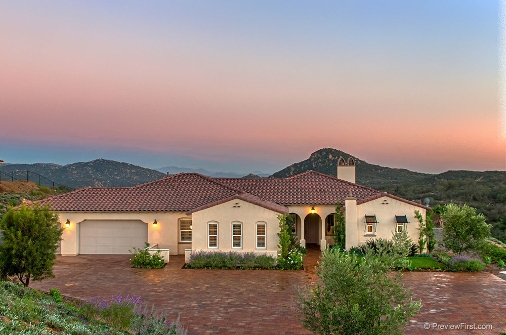 Valley View Ranch Valley Center CA - 22 Single-family detached homes, 3,109 to 3,457, 3 & 4 bds, up to 4.5 ba