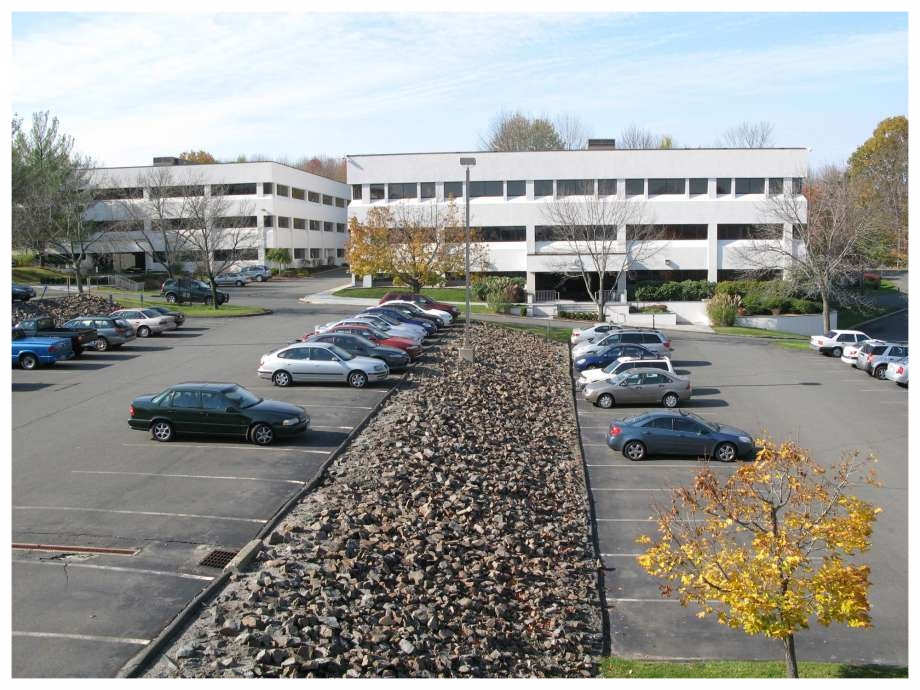 HEADQUARTERS - 42 Old Ridgebury RoadDanbury, CT 06810Main: (203) 894-9342Fax: (203) 894-1297