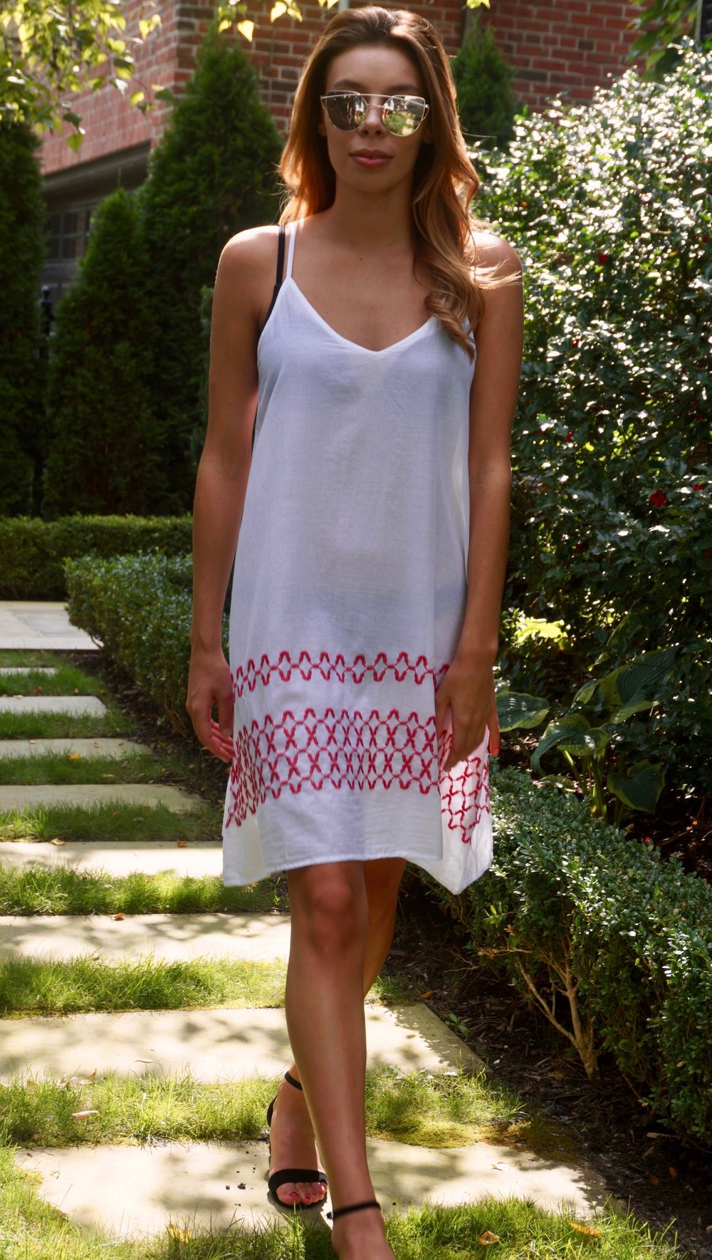 Marseille Dress White/ Red embroidery Product Code: 2BC92WHERE