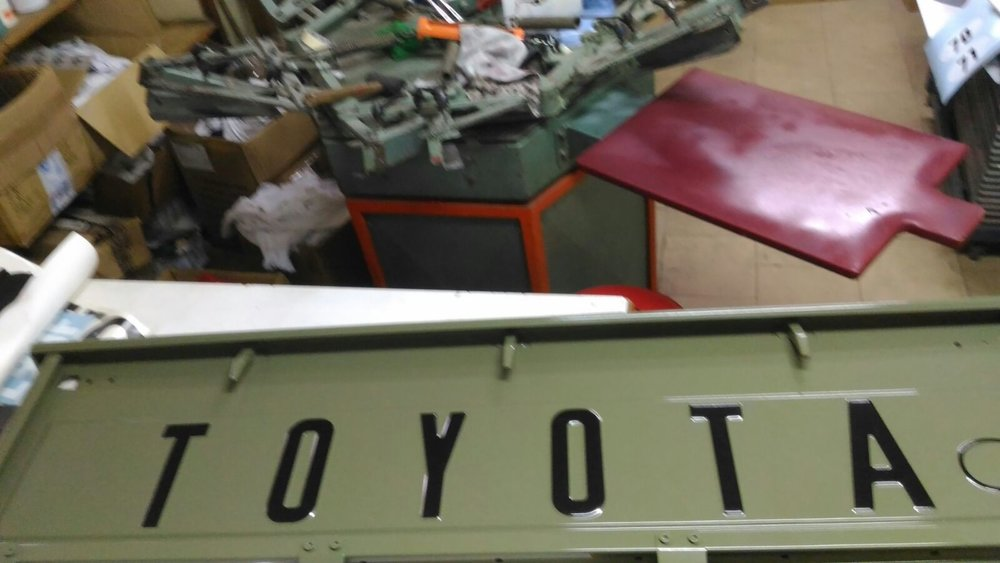 LegacyOverland_1978_ToyotaLandCruiser_HJ45_pick-up_buildphotos_1.JPG