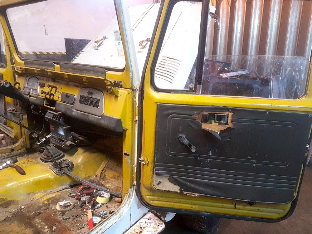 LegacyOverland_1978_ToyotaLandCruiser_HJ45_pick-up_buildphotos_38.jpg
