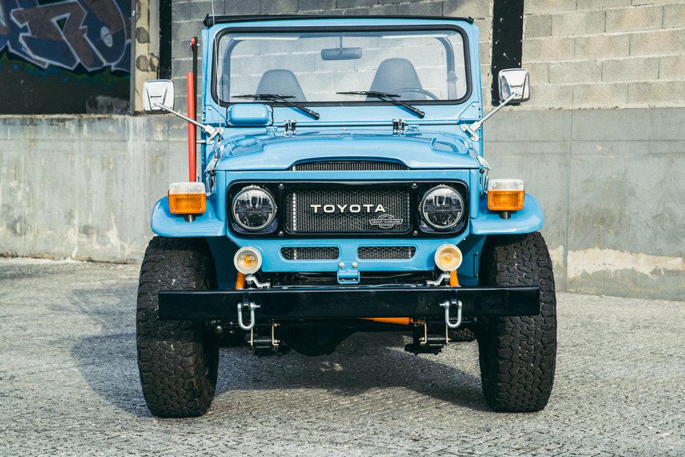 LegacyOverland_1980_ToyotaLandCruiser_FJ40_opentop_2.JPG