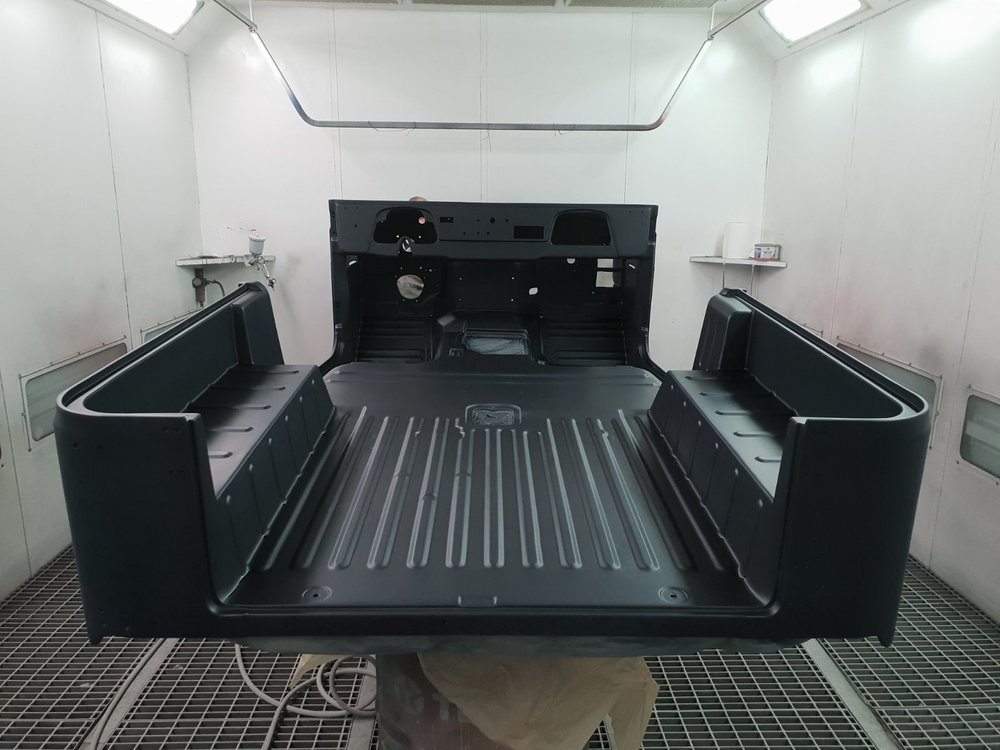 LegacyOverland_1985_ToyotaLandCruiser_BJ40_black_opentop_build_89.jpeg