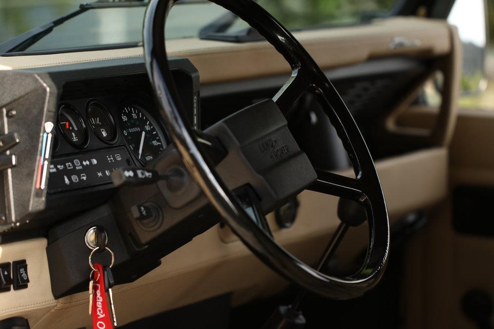 LegacyOverland_ProjKalahari_Defender90_car18.JPG