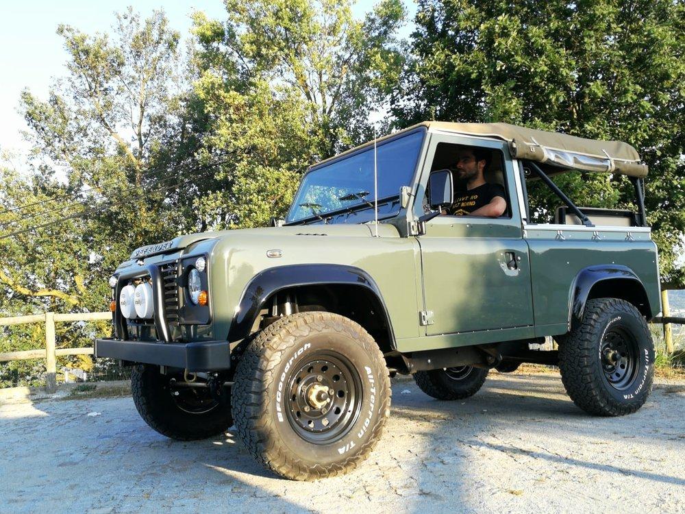 LegacyOverland_ProjKalahari_Defender90_car12.jpg