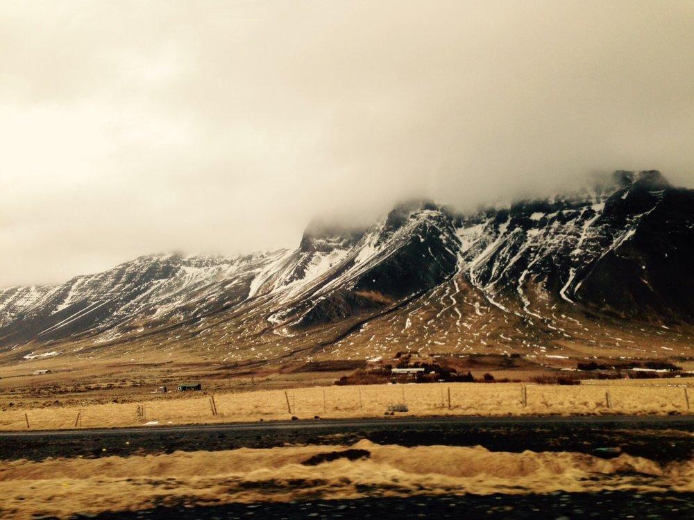 SheriChiu_TravelGuide_Iceland.jpg