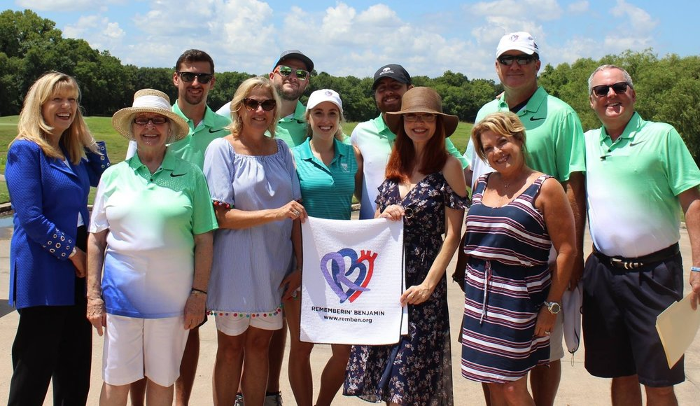 Family members with Dr. Dianna Milewicz and Amy Yasbeck of the John Ritter Foundation at the 1st Annual Remembrin' Benjamin Golf Tournament, held on July 17, 2017.