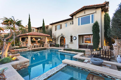 19 Momento, Irvine   Price: $2,788,000  Welcome to this Masterpiece with Panoramic Views! Featuring a rare artistry of modern technology and finest finishes, 19 Momento is a highly customized venue providing luxurious private enjoyment and impressive entertaining.