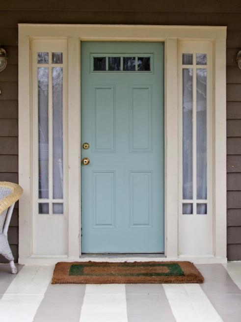 CI-barnes_powder-wythe-blue-front-door_v.jpg.rend.hgtvcom.1280.1707.jpeg