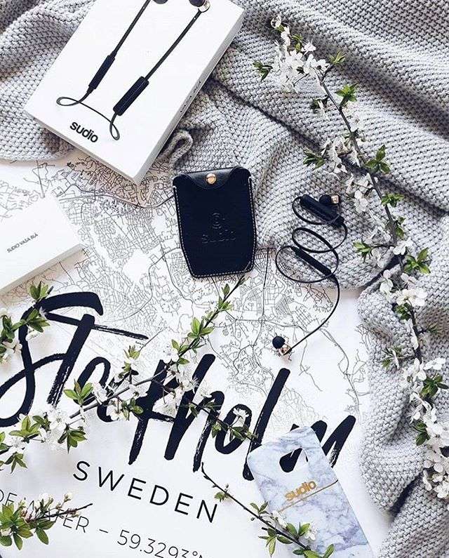 Take us to Stockholm ❣️ A newest addition to our travel collection is here! Styled by the lovely Anna from @skandynawska_weranda ✨