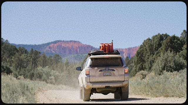 Headed towards Bryce on one of the roads we've added to the great western trail connecting a 60 mile gap. #greatwesterntrail #gwt #overlanding #dirtroad #bryce #exploremore #4runner #getdirty #gocamping #yotalife