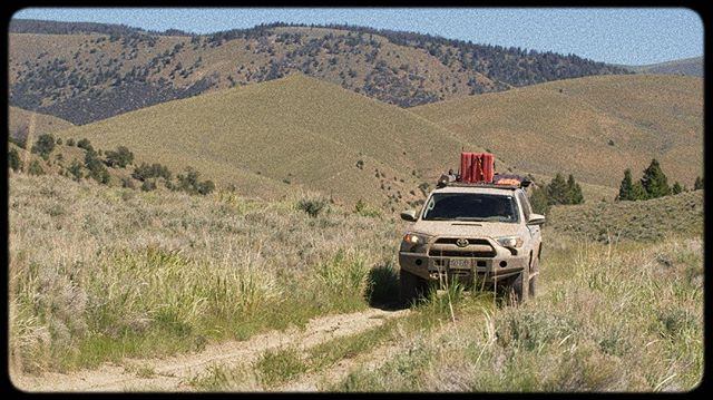 As it turns out this road doesn't go through anymore but it sure was fun driving it! #greatwesterntrail #4runner #t4r #getdirty #overlandingusa #gocamping #explorethewest #montana #exploremore #deadend #dirtroads