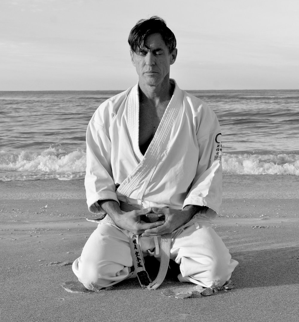 hotton sensei beach seiza BW.jpg