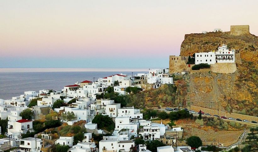 Skyros-Castle_ByMarinaVernicos.jpg