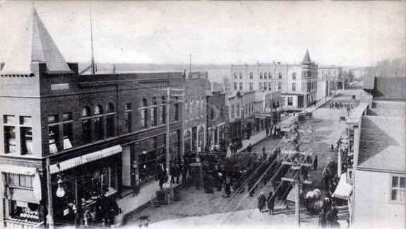 Main Street looking north, Ortonville Minnesota, 1908