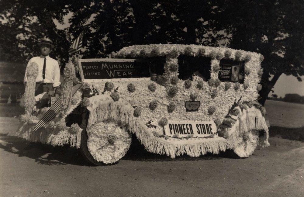 Pioneer Store Float