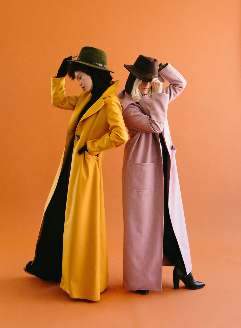 Dancing In Mustard+ Sleek In Lilac
