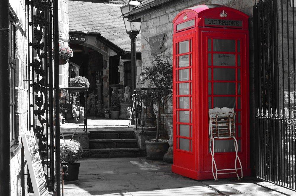 telephone-84535_1920 (1).jpg