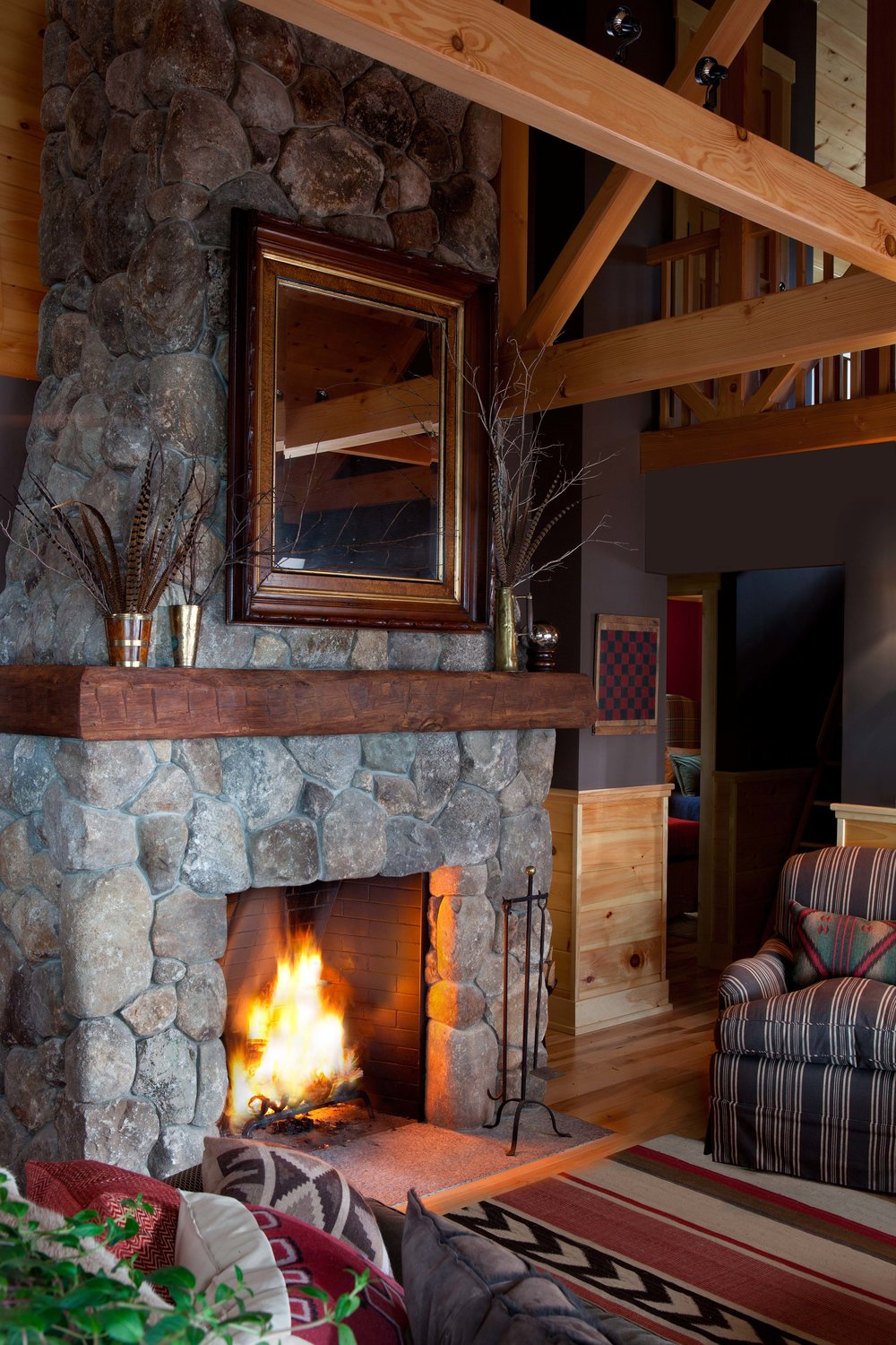 Squam - LR fireplace.jpg