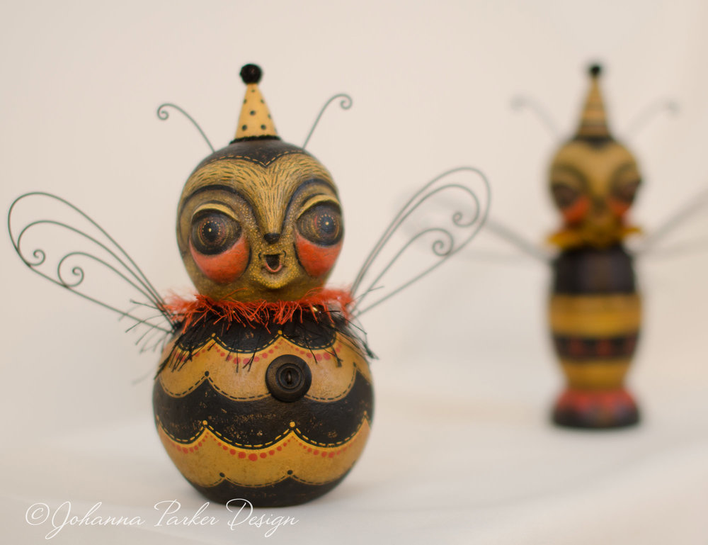 Honey bee folk art