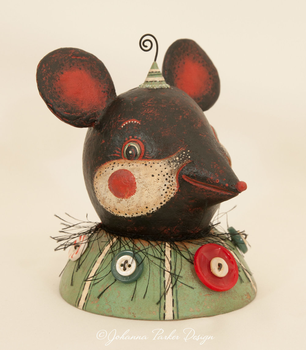Carnival mouse bust