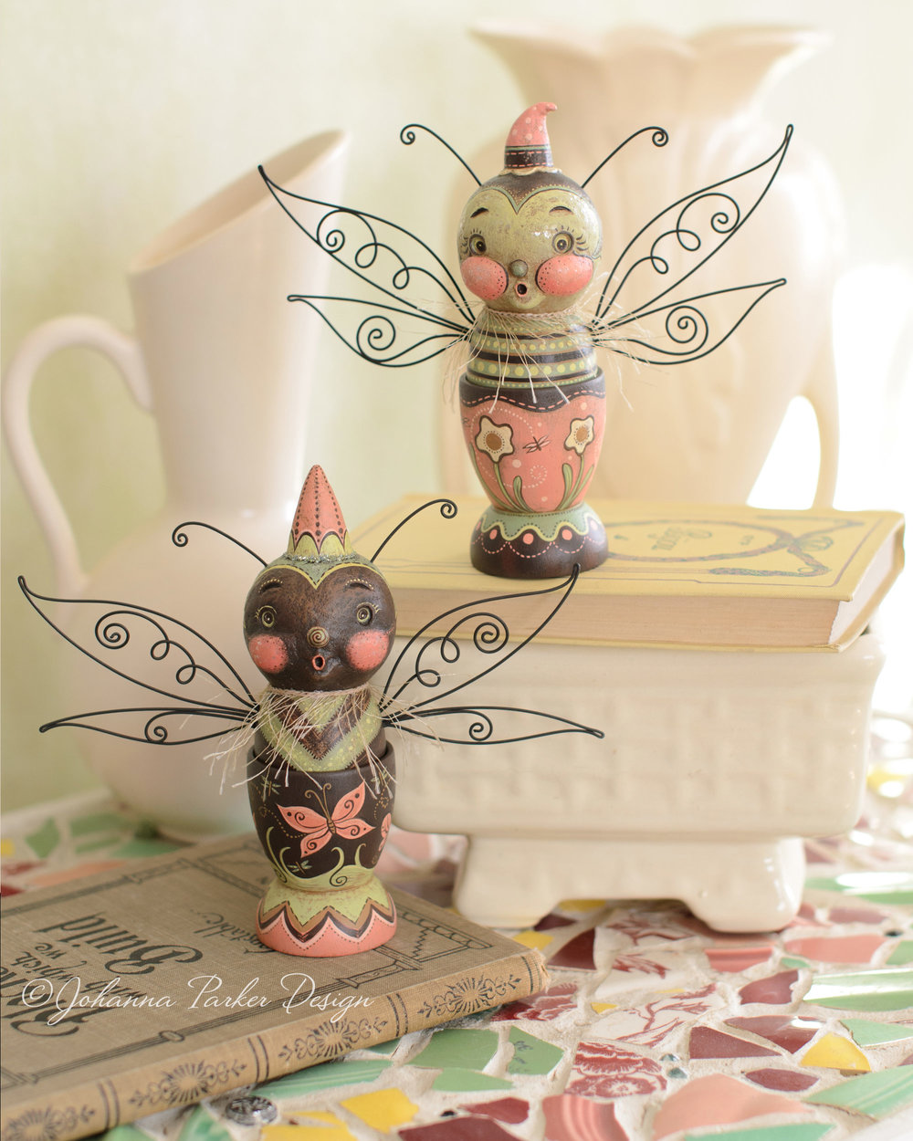 Butterfly egg cup pair