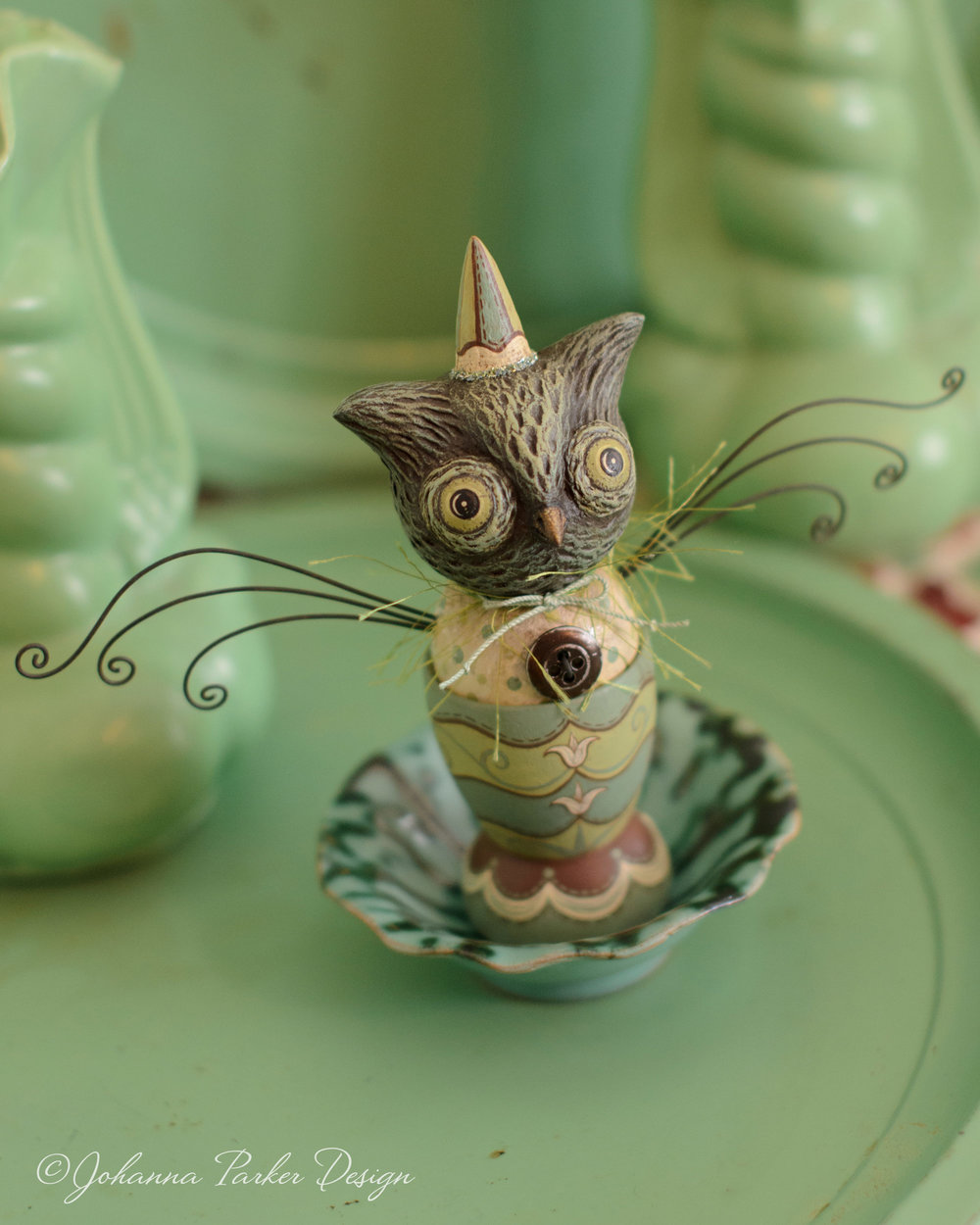 Green owl egg cup
