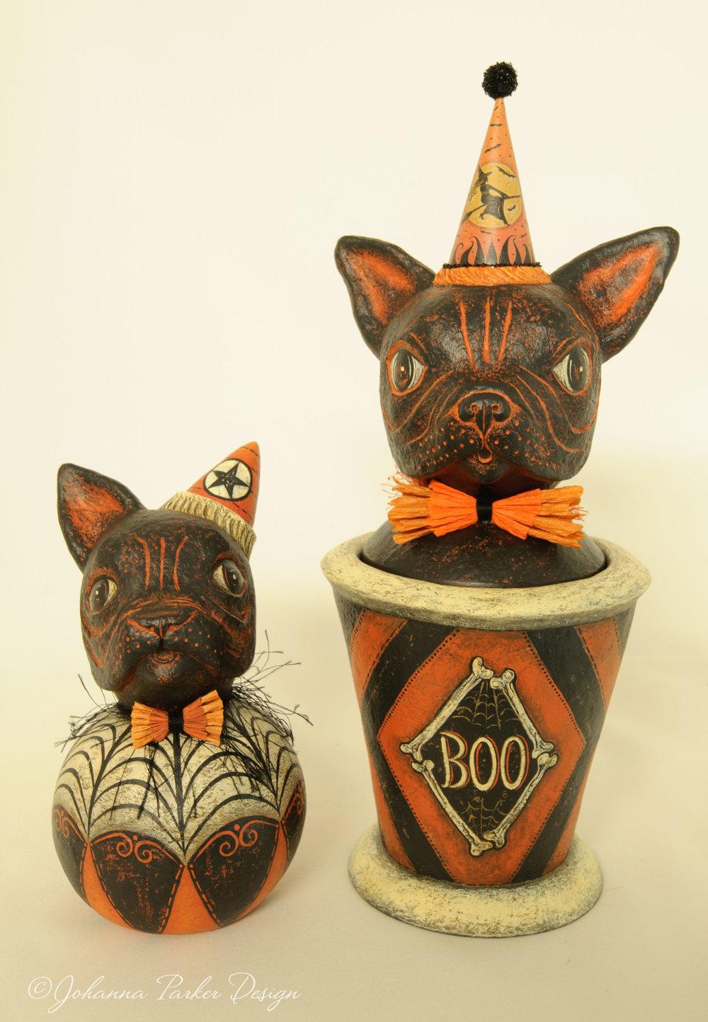 Halloween bulldogs