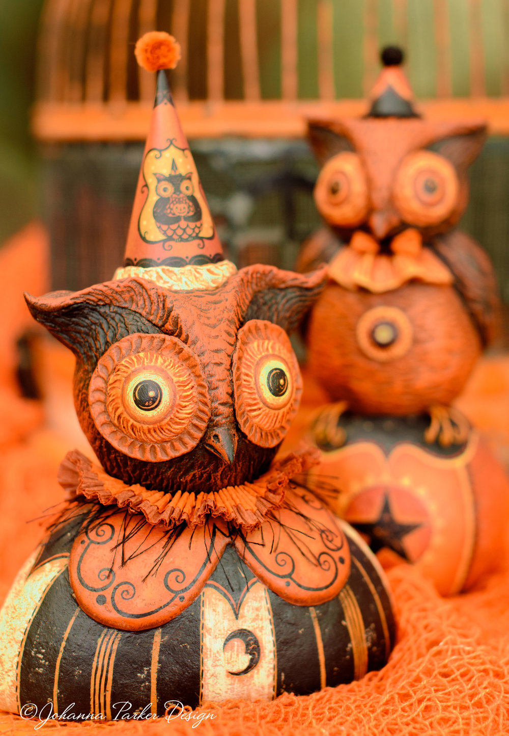 Halloween owl bust