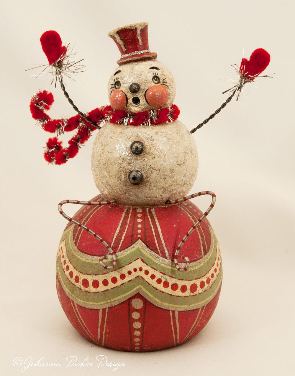 Snowman ball sitter