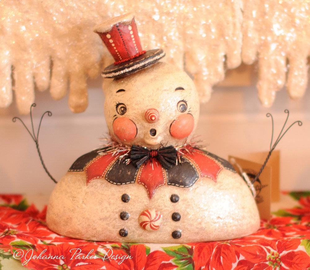 Whimsical snowman bust