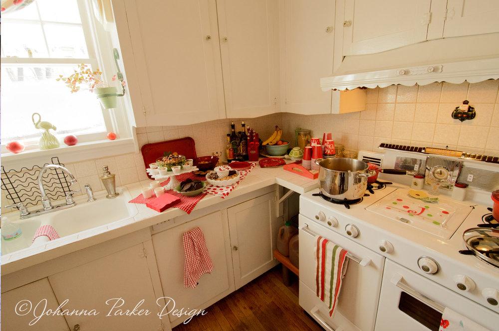 Vintage kitchen & stove