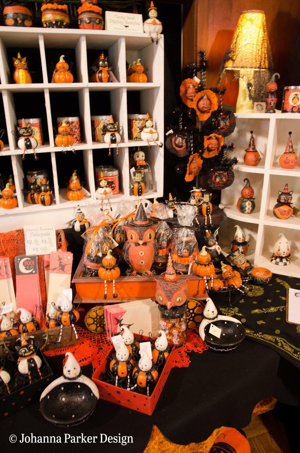 Halloween delights at the Glens Art Walk by Johanna Parker