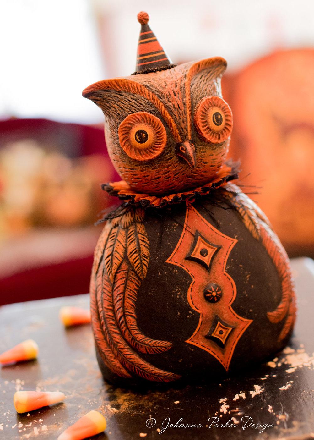 Johanna Parker Halloween Owl Bust