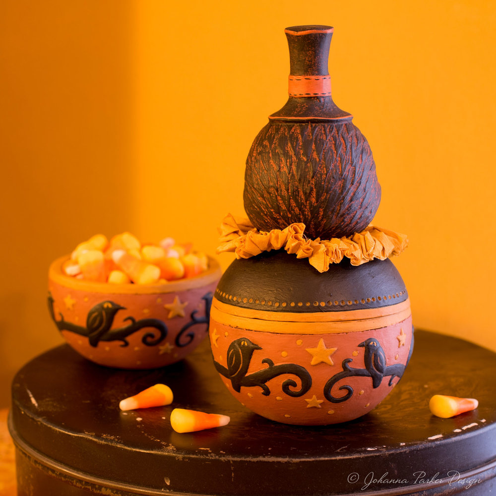 Harvest-Crow-Candy-Bowl-4.jpg