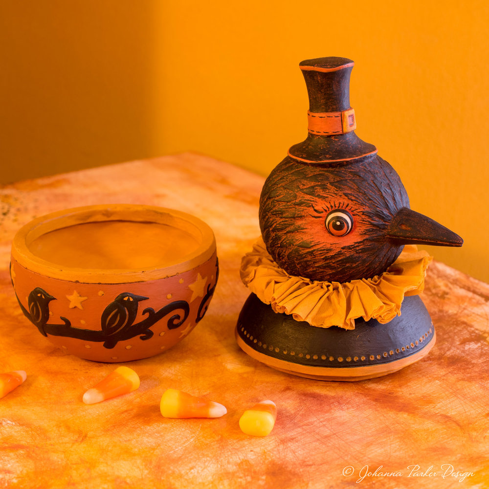 Harvest-Crow-Candy-Bowl-5.jpg