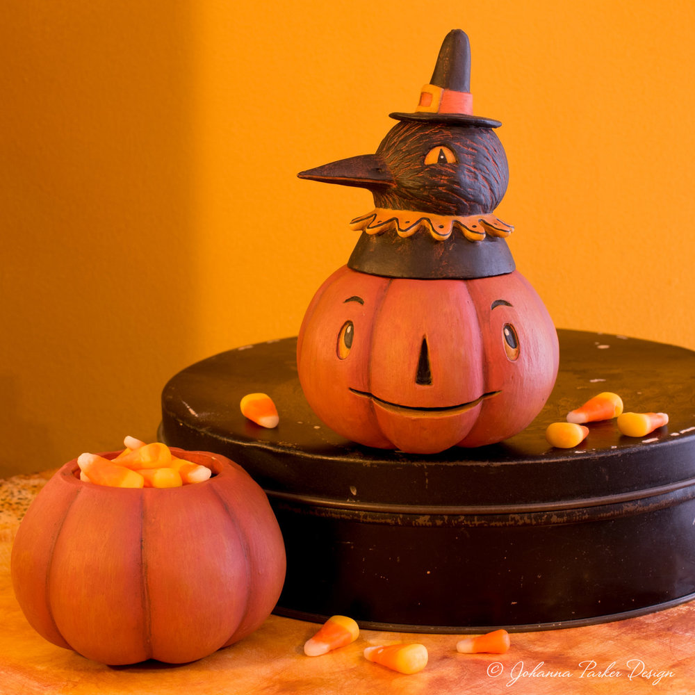 Pumpkin-Crow-Bowl-2.jpg