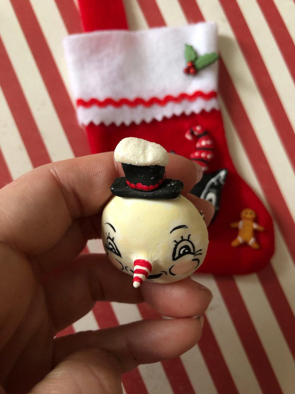 Spookshow-Babe-Johanna-Parker-Christmas-Brooch-Snowman-profile.jpg